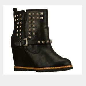 Skechers Studded Leather Wedge Bootie